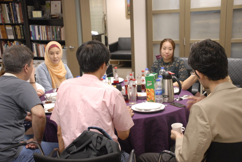 Today we have held our last Iftar Dinner at our centre. It was full of pleasure and it was also so full of emotional moments. Indeed it was our last event in our wan chai location. 
