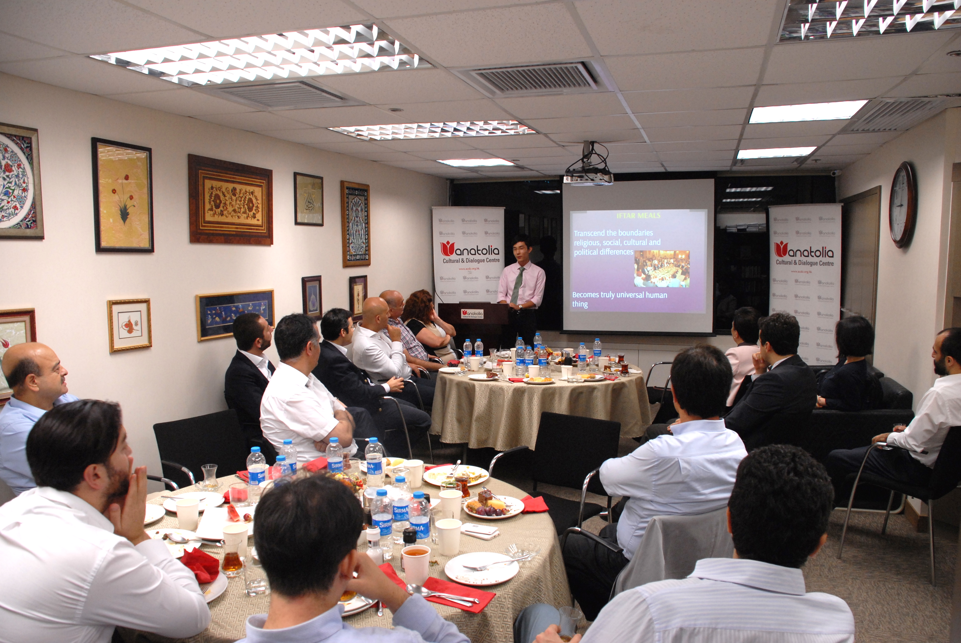 Iftar Dinner with Hon. Emily Lau Wai-hing & Hon. Sin Chung-kai from Legco